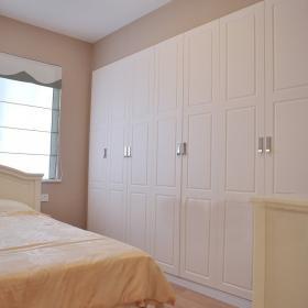 浪漫溫情臥室整體衣柜圖片