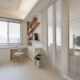 書房-在一片清新簡約的白色空間中