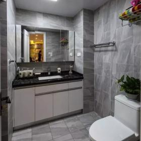 經典時尚89平三居室之衛生間墻磚裝修效果圖
