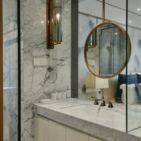 現代中式三居室主臥衛生間洗手臺布置效果圖