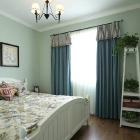 美式小清新兩居之主臥花架裝飾效果圖