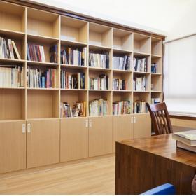 日式书房书柜设计