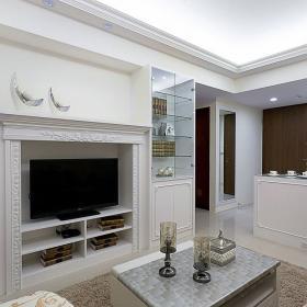 78平歐式風公寓之客廳電視墻設計效果圖