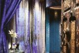 浴帘马赛克背景墙紫色卫生间80㎡淋浴房异类的东南亚风格深色系浴室效果图