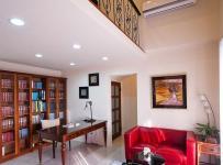 原木色91-120平米三居室混搭风格高雅原木书房装修效果图