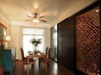 混搭风格公寓温馨原木色富裕型餐厅隔断餐桌效果图