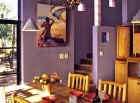 鄉村復式樓充滿想象力的紫色餐廳空間裝修效果圖