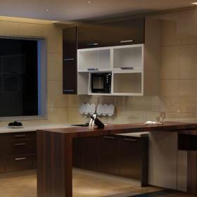 原木色簡約廚房三居室低調穩重現代簡約風格廚房裝修效果圖