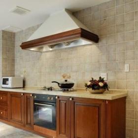 富裕型地中海风格别墅原木色5-10万厨房橱柜安装图效果图