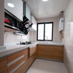 简约风格三居室简洁原木色130平米厨房餐桌图片效果图
