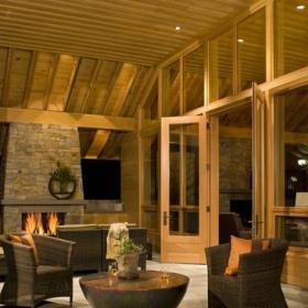 現代歐式風格復式大廳原木色豪華型裝修效果圖