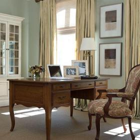 欧式原木色四居室经典欧式风格书桌效果图