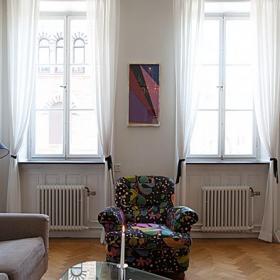 60平米功能性小戶型客廳沙發圖片