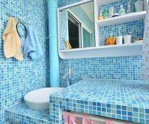 北欧风格小户型卫生间马赛克蓝色背景墙