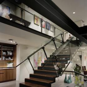 黑色實木高端現代別墅樓梯裝修效果圖