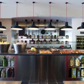 现代家居收纳开放式厨房装修设计图片效果图欣赏