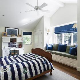 藍色小戶型臥室地中海風格閣樓飄窗設計裝修效果圖