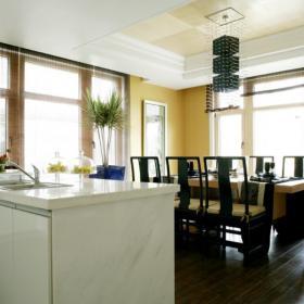 吊灯餐台餐桌餐椅混搭餐厅家具开放式餐厅深色家具图片效果图