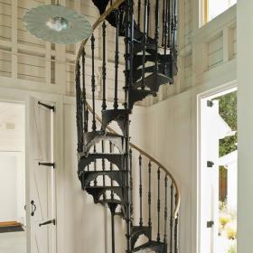 旋轉鐵藝復式歐式樓梯效果圖