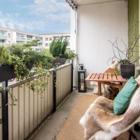 墙面装饰创意生活用品小户型72平米二居室简约风格阳台装修图片简约风格休闲椅图片效果图