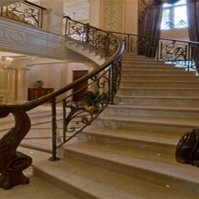 歐式風格鐵藝樓梯扶手裝修圖片裝修效果圖