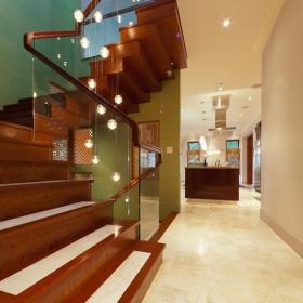 美式別墅樓梯世界圖片效果圖