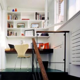 白色跃层家居收纳北欧高空中的书房装修效果图