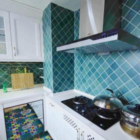 地中海风格五居室厨房灯具装修效果图欣赏