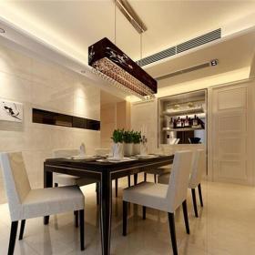 现代简约四居室餐厅楼梯装修效果图