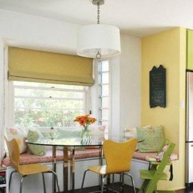 最新現代陽臺帶餐廳飄窗布置三室二廳簡歐圖效果圖欣賞