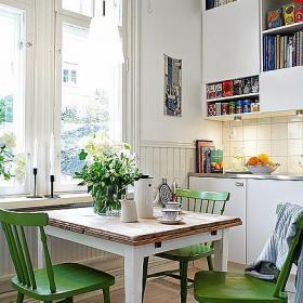 清新一居小户型餐桌餐椅北欧靠窗餐厅传达居室温情装修效果图