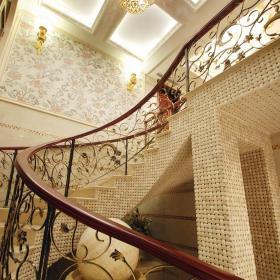 简欧风格别墅玄关楼梯装修图片装修效果图