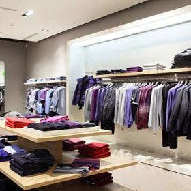 小型服装店装修设计效果图