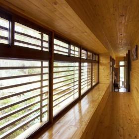 日式复式室内长窗户装修图片效果图