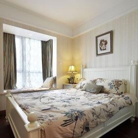 美式风格三居室白色15-20万120平米卧室床图片效果图
