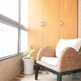 100平美式三居之阳台布置效果图