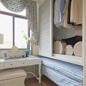 130平地中海三居之卧室梳妆台设计效果图