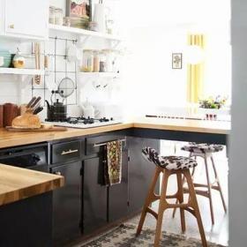 厨房吧台原木色木质厨房小吧台设计效果图