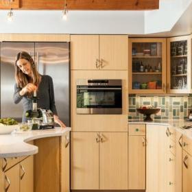 时尚实用卧室原木色 6平方厨房开放式厨房吧台装修图片效果图