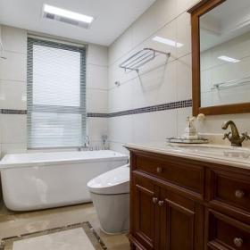 150平米中式风格三居之卫生间空间设计效果图